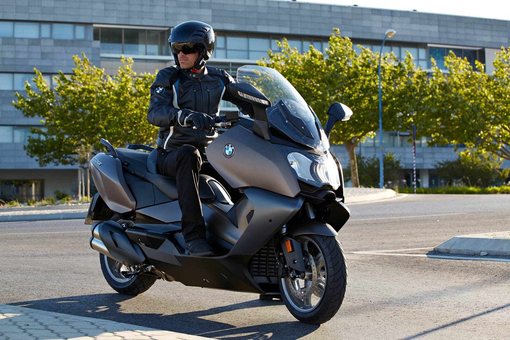 6 BMW C6GT Guide • Total Motorcycle