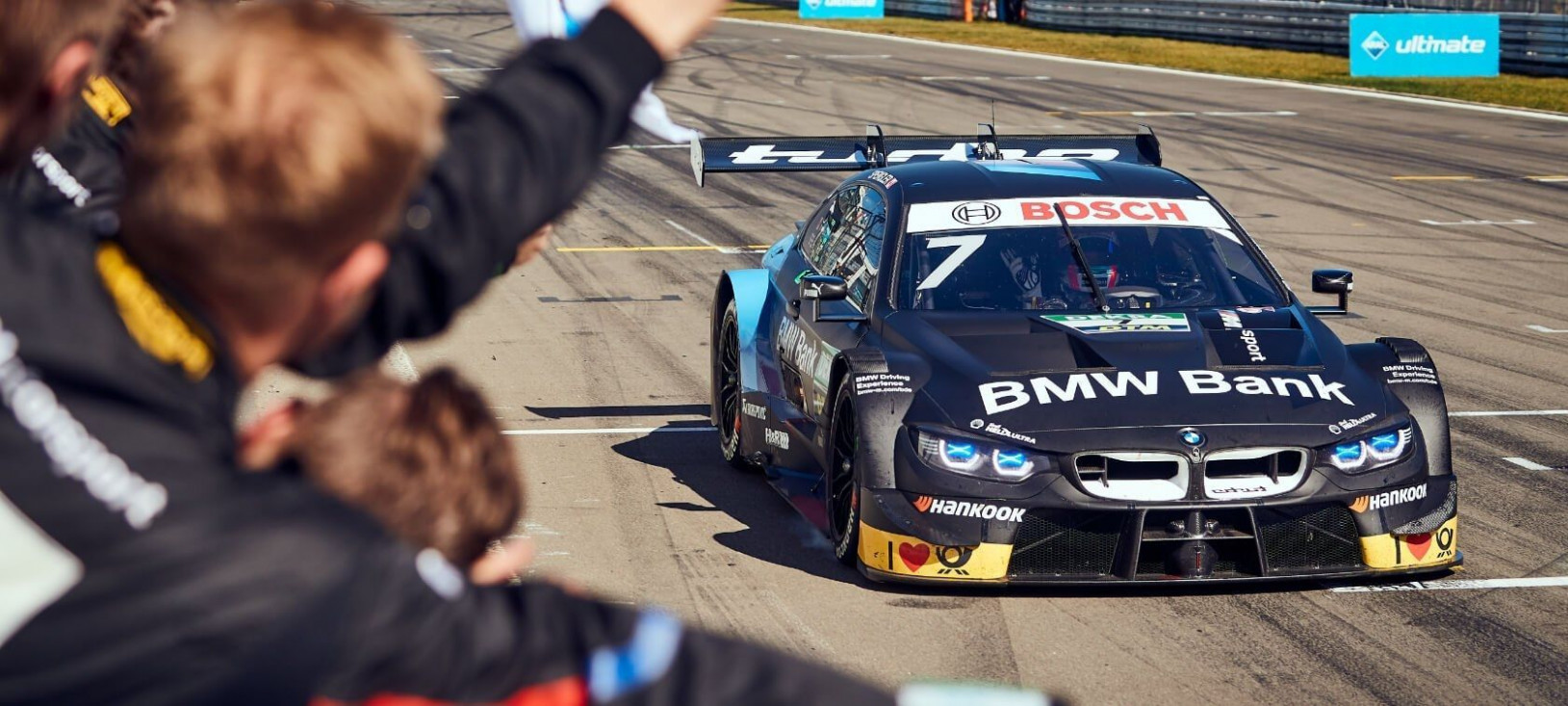 6 Bmw Dtm in 6 (With images) | Sports cars, Bmw, Jeep ..