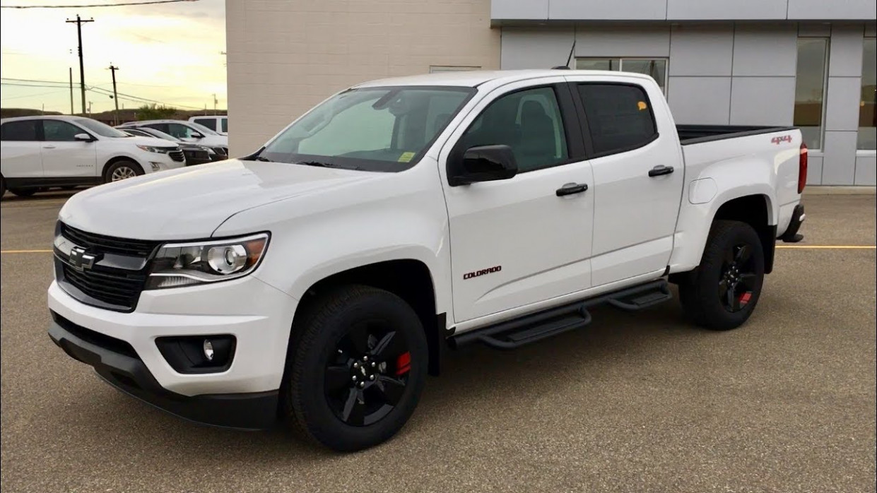 6 Chevrolet Colorado LT REDLINE Review - chevrolet colorado 2020