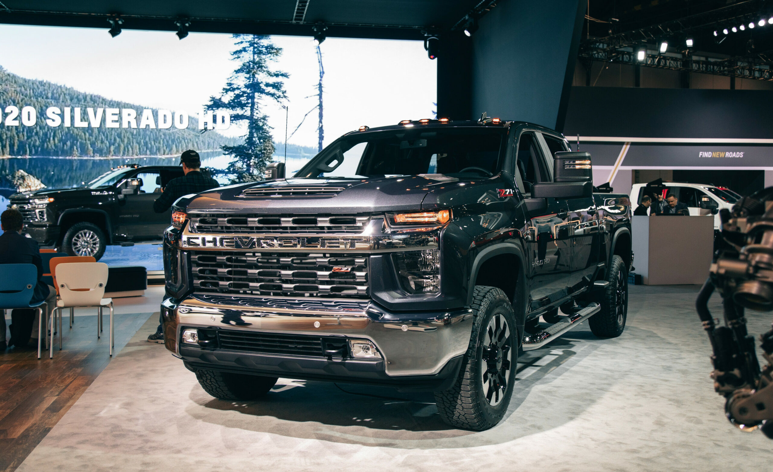 6 Chevrolet Silverado HD – Heavy-Duty Trucks Boast Big Tow Capacity