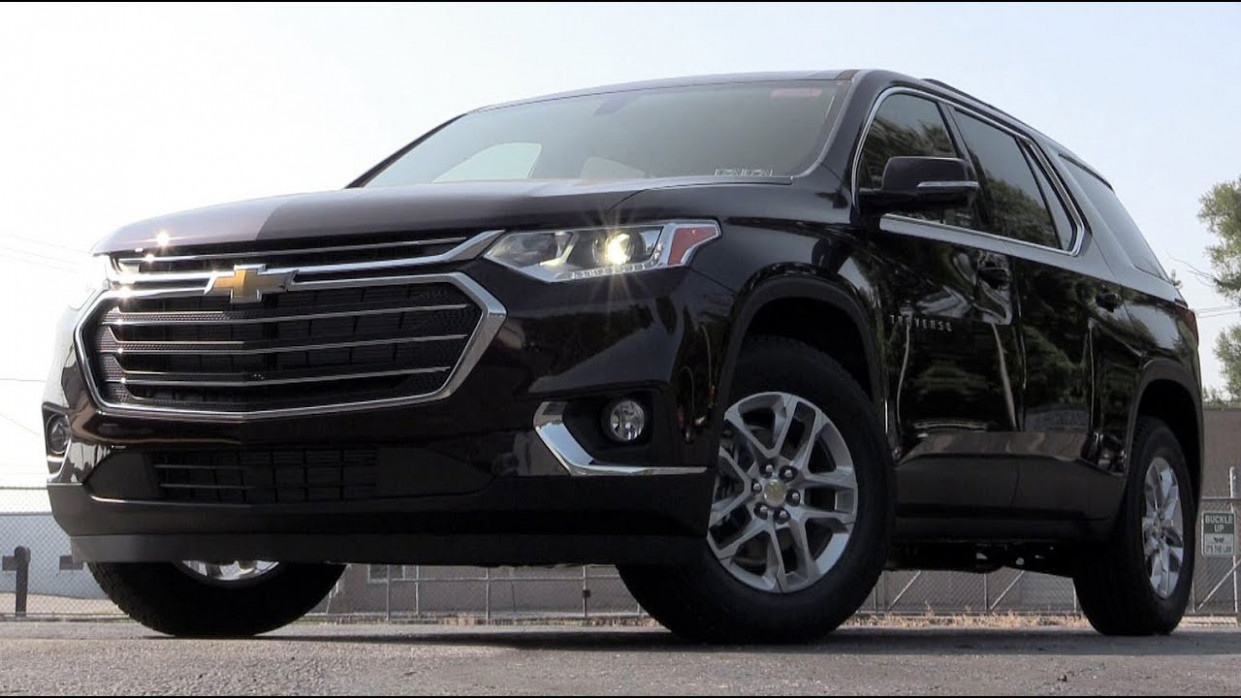 6 Chevrolet Traverse: Review
