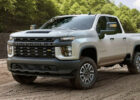 6 Chevy Silverado HD tows up to 6,6 pounds, has up to 6 lb ...