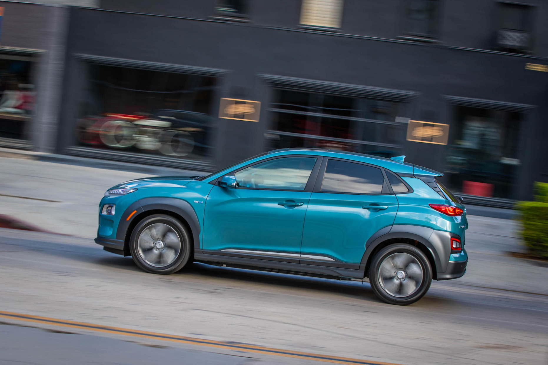 6 Hyundai Kona Electric Review, Ratings, Specs, Prices, and ...