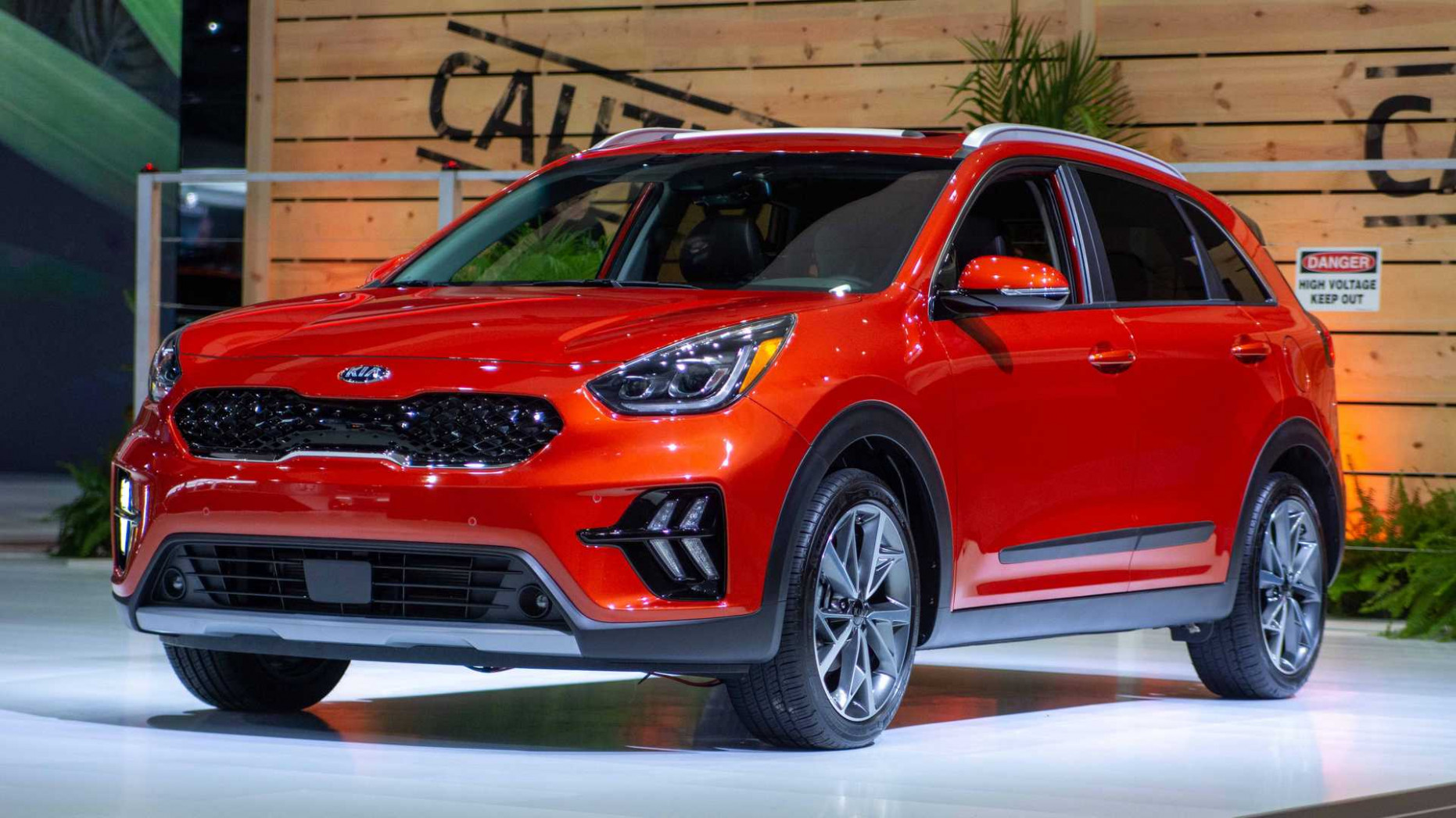 6 Kia Niro Arrives With Fresh Face And Bigger Screens Inside