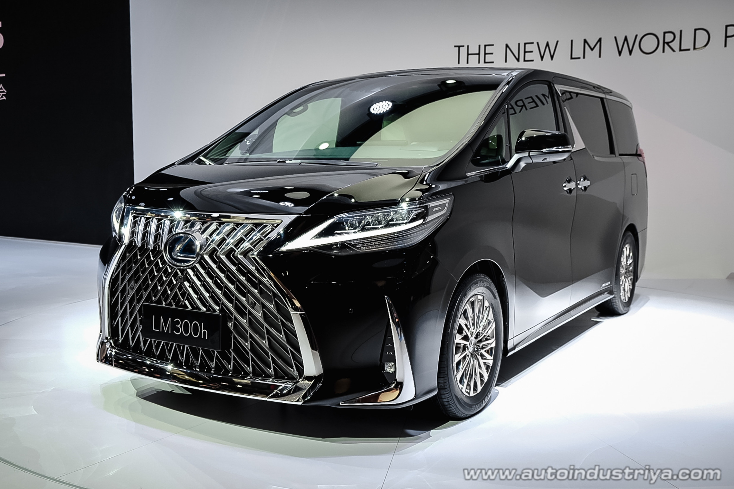 6 Lexus LM upgrades Toyota Alphard from Business to First class ..