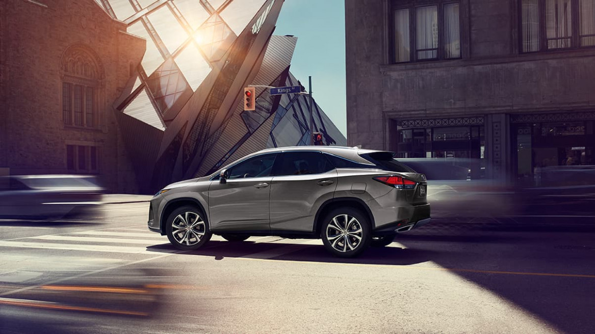 6 Lexus RX - Luxury Crossover - Features | Lexus.com