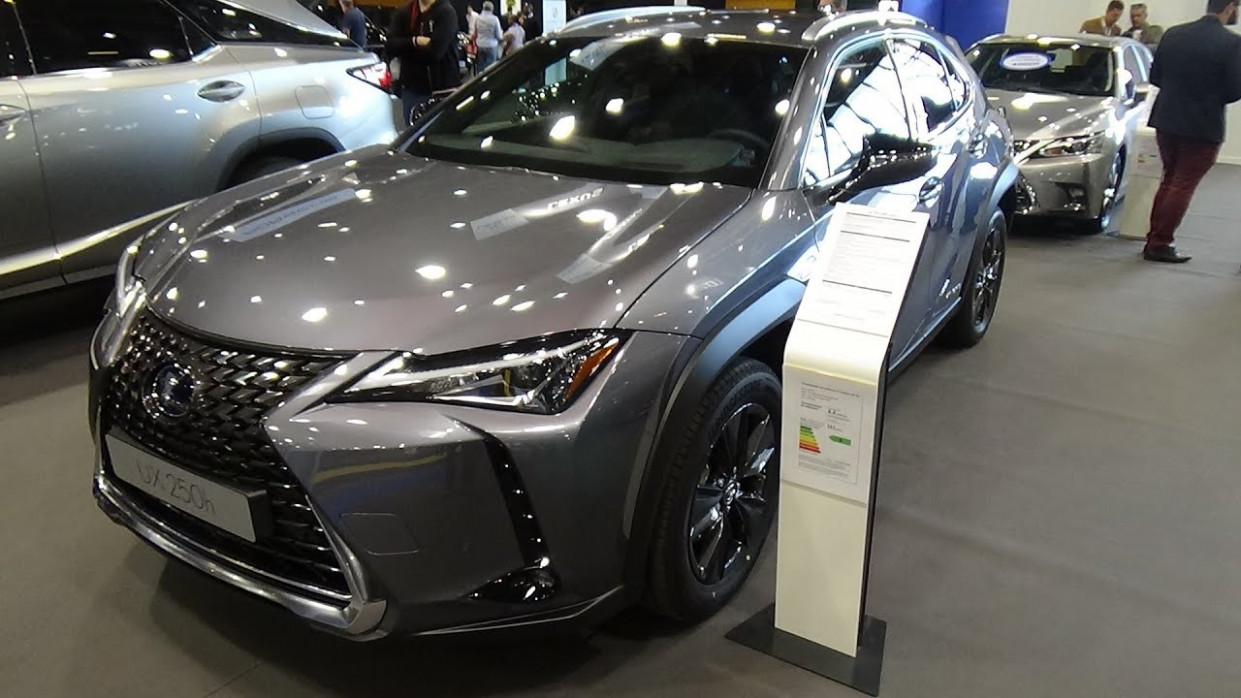 6 Lexus UX 6h 6WD Luxe - Exterior and Interior - Salon Automobile Lyon  6 - lexus ux 2020 interior