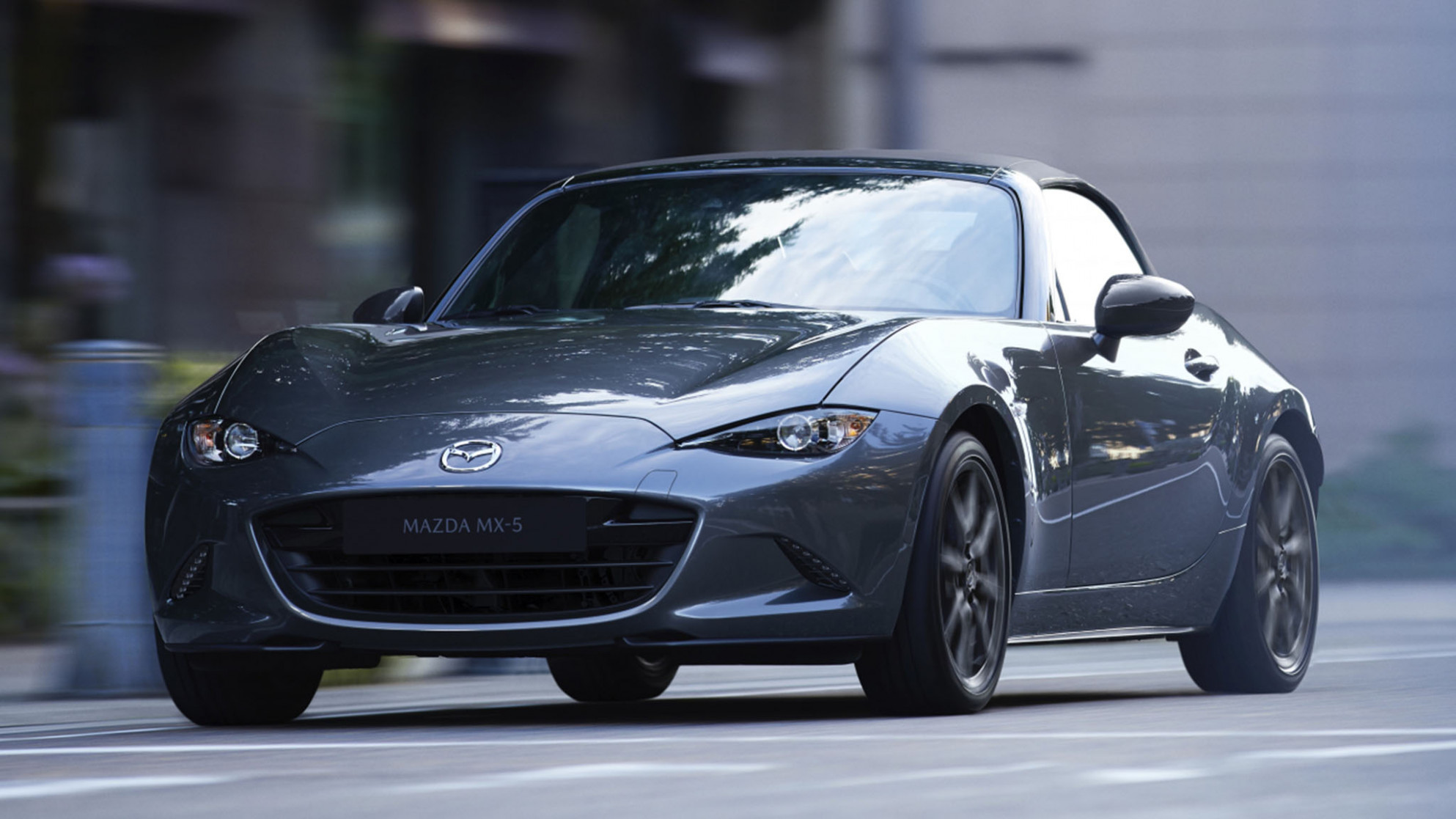 6 Mazda Miata First Look: More Stuff Packed Into the Same ...