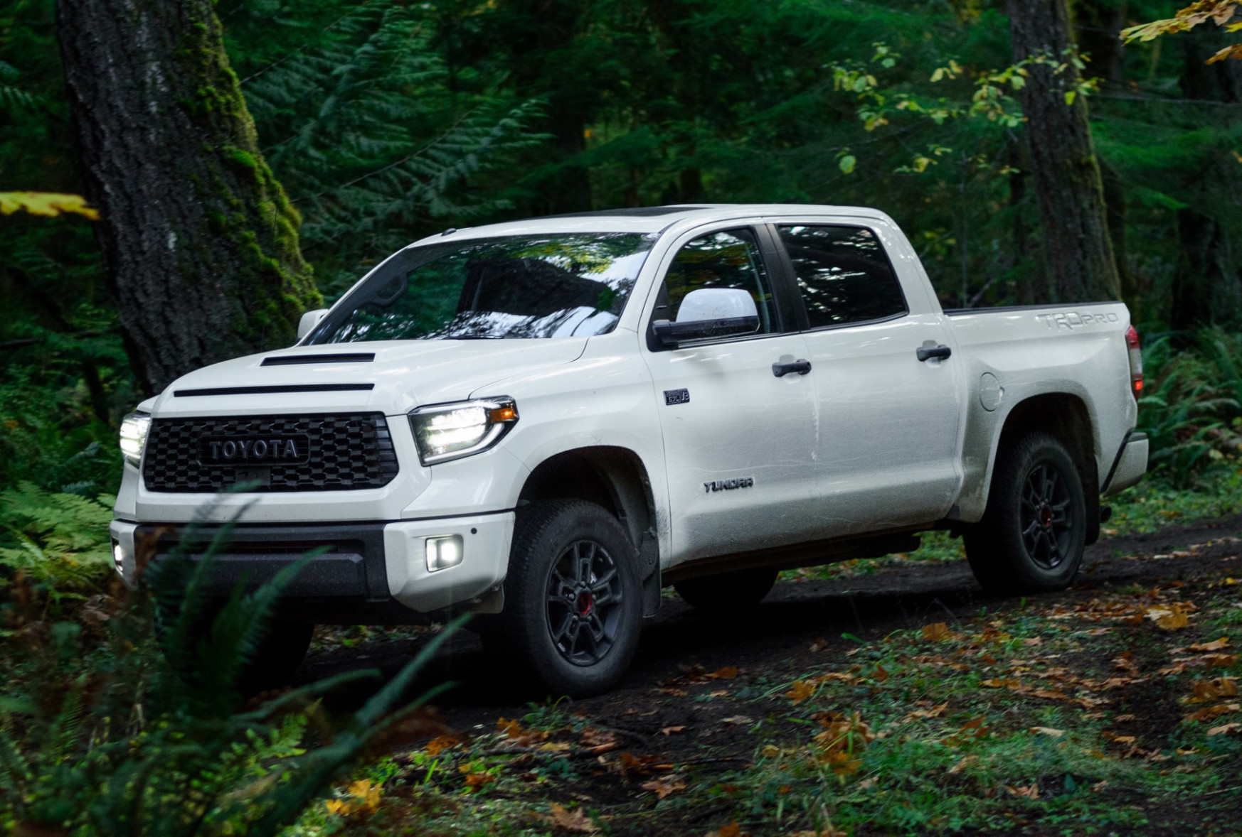 6 Toyota Tundra Drops the Smaller 6.6L V6, Gets More Expensive ..
