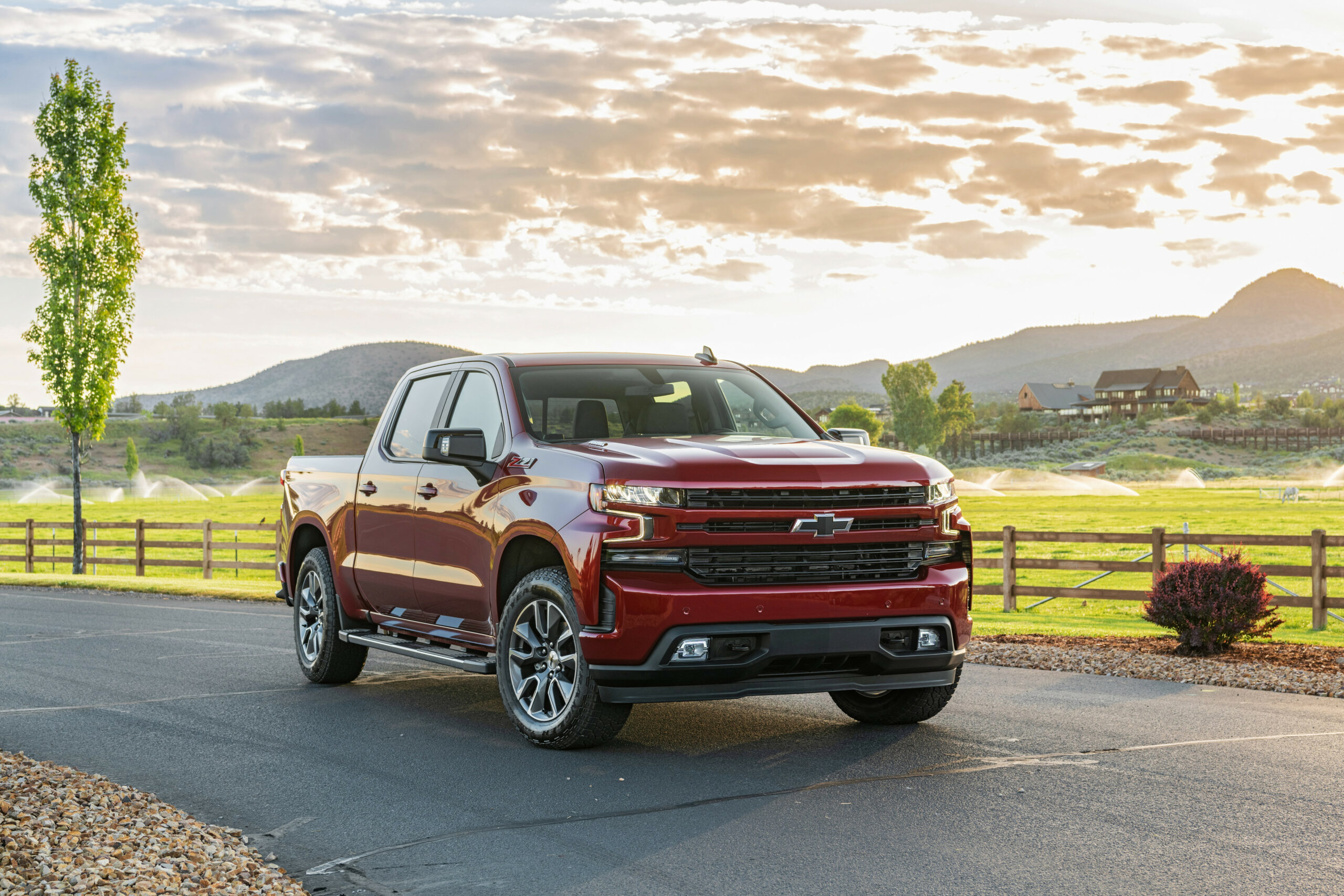 7 Chevrolet Silverado 7.7L Duramax Delivers EPA-Estimated 77 ..