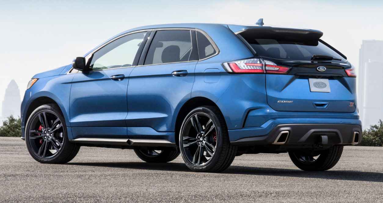 7 Ford Edge Ambiente – Motorgeeks.com – UAE! Check out the ...