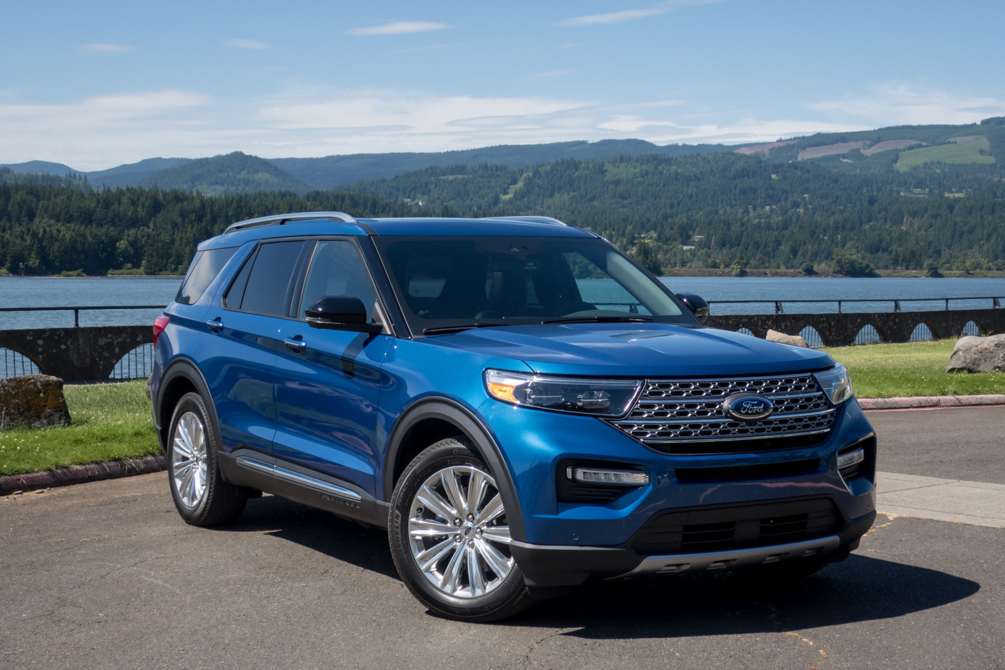7 Ford Explorer First Drive: Charting New Territory | News ...