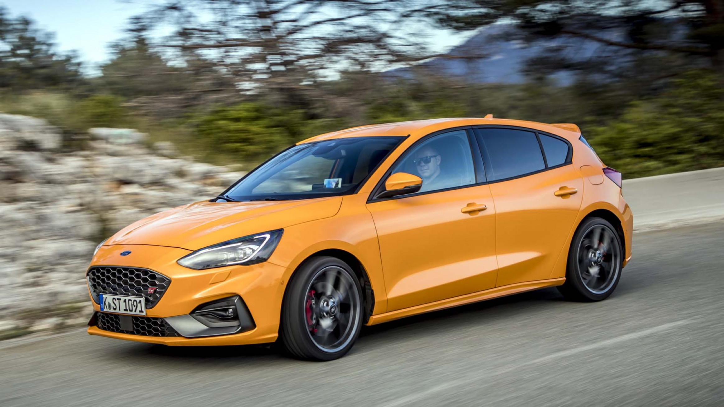 7 Ford Focus ST First Drive Review | Sadly, it's better than ...