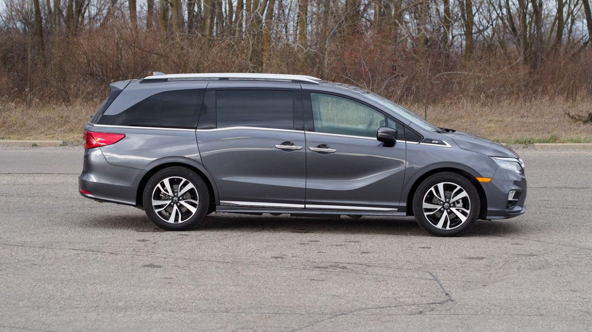 7 Honda Odyssey review: Like a Swiss army knife on wheels ...
