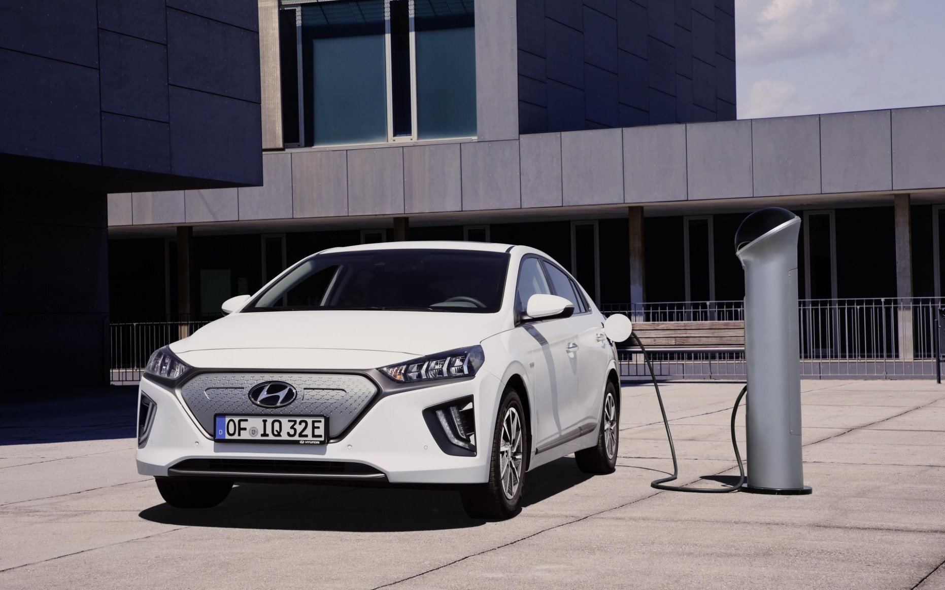7 Hyundai IONIQ Electric to Offer More Range and Connectivity ...