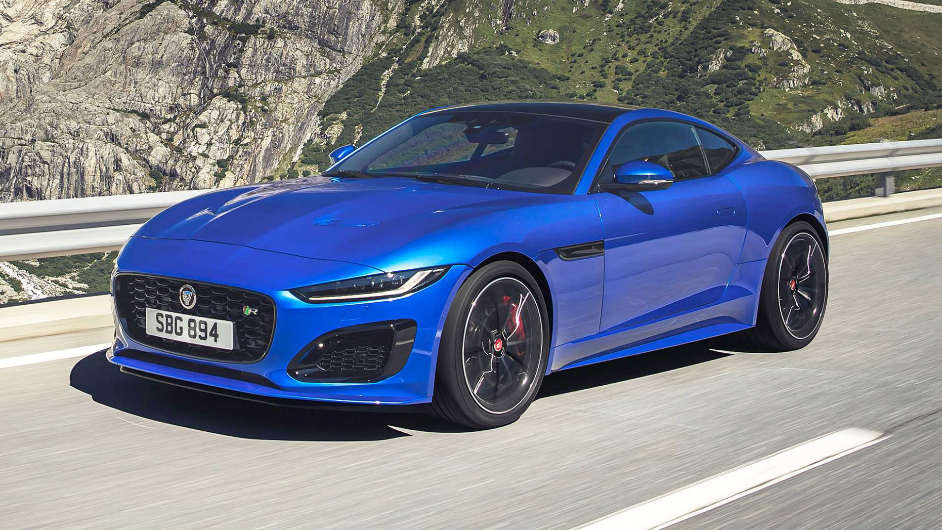 7 Jaguar F-Type Debuts With Smoother Shape, New V7 Option