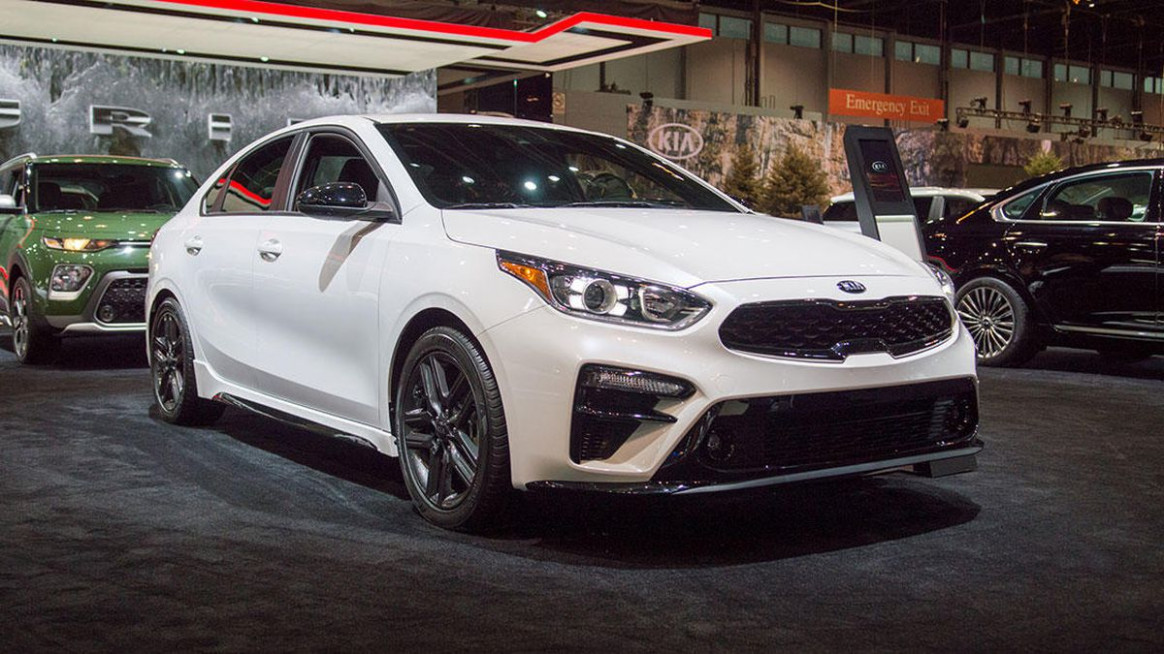 7 Kia Forte GT-Line prioritizes thrift over shifts in Chicago ..