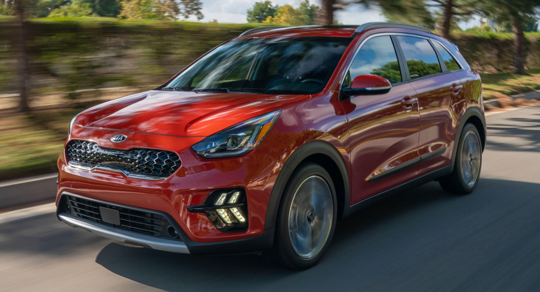 7 Kia Niro Hybrid Goes Under The Knife, Adds New Tech | Carscoops