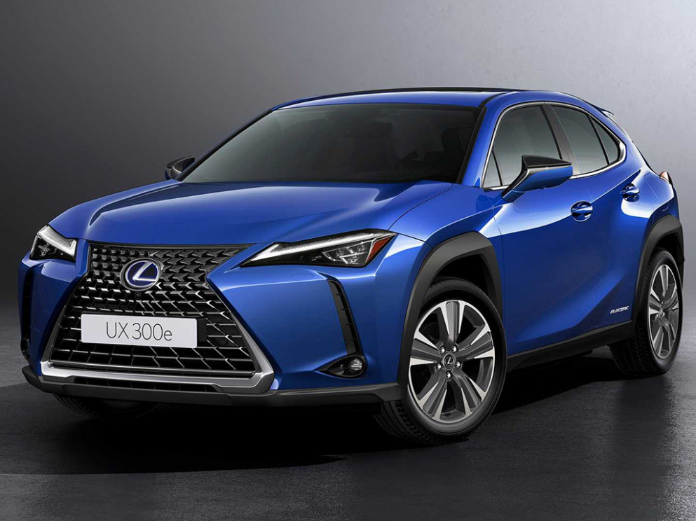 7 Lexus UX 7e arrives as the brand's first EV | Drive Arabia