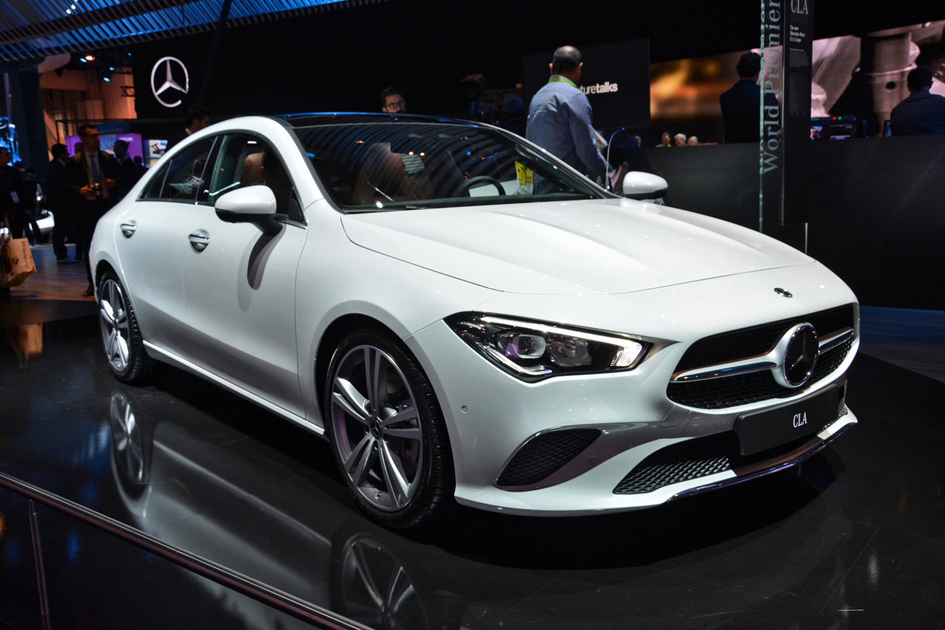 7 Mercedes-Benz CLA brings its svelte looks to CES