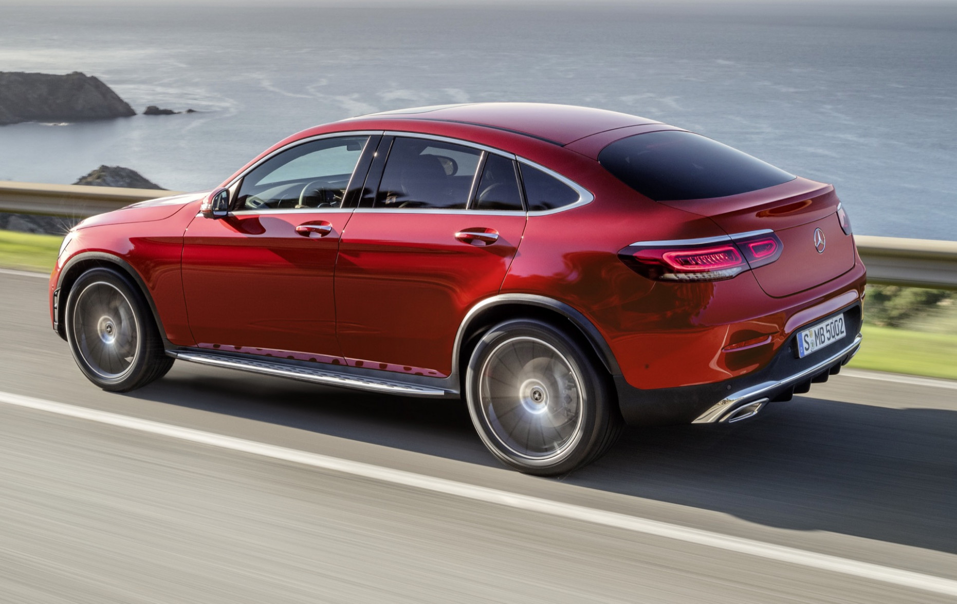 7 Mercedes-Benz GLC-Class Coupe debuts with more power, tech ..