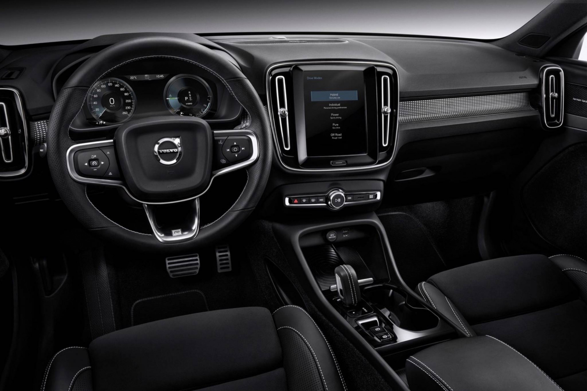 7 Volvo XC7 brings a new level of refinement – Lacombe Express