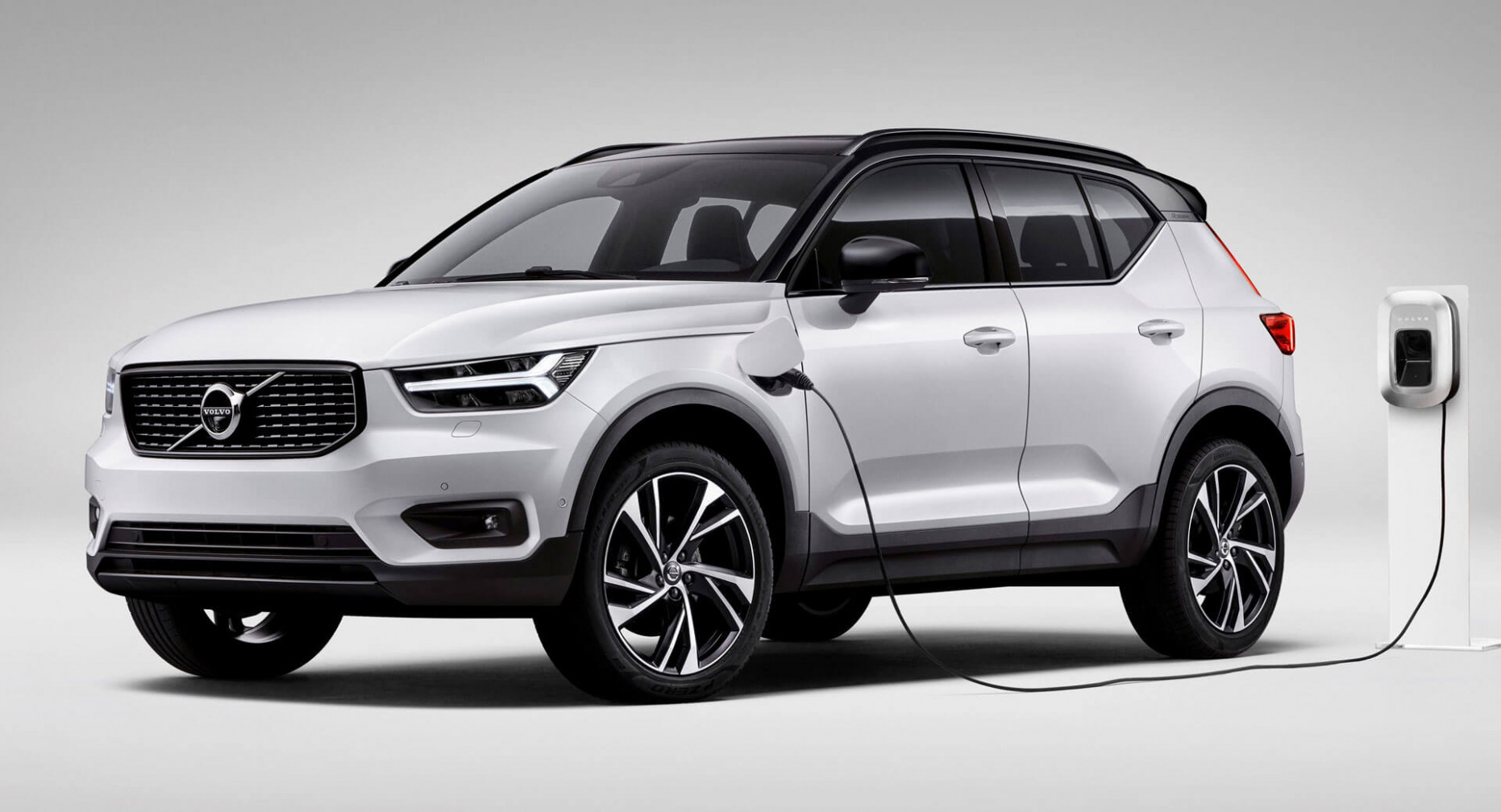 7 Volvo XC7 T7 Twin Engine PHEV Launches In The UK From ..