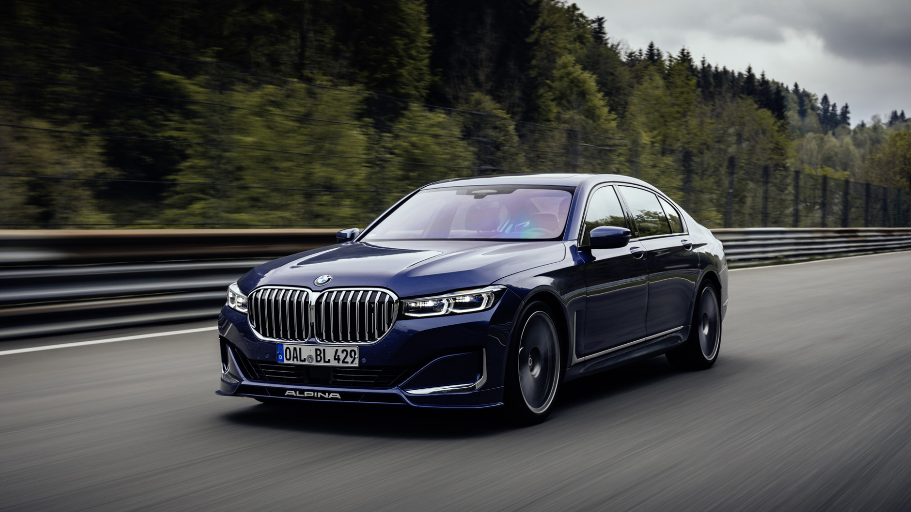 8 Alpina B8 Review | What's new, performance, BMW 8 Series ...