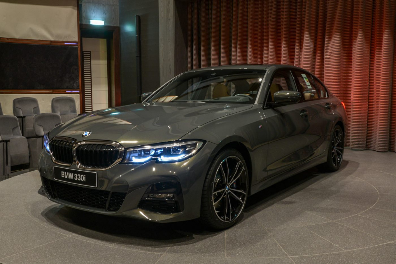 8 BMW 8i Shows off Dravite Grey Metallic and M Sport Goodies ..