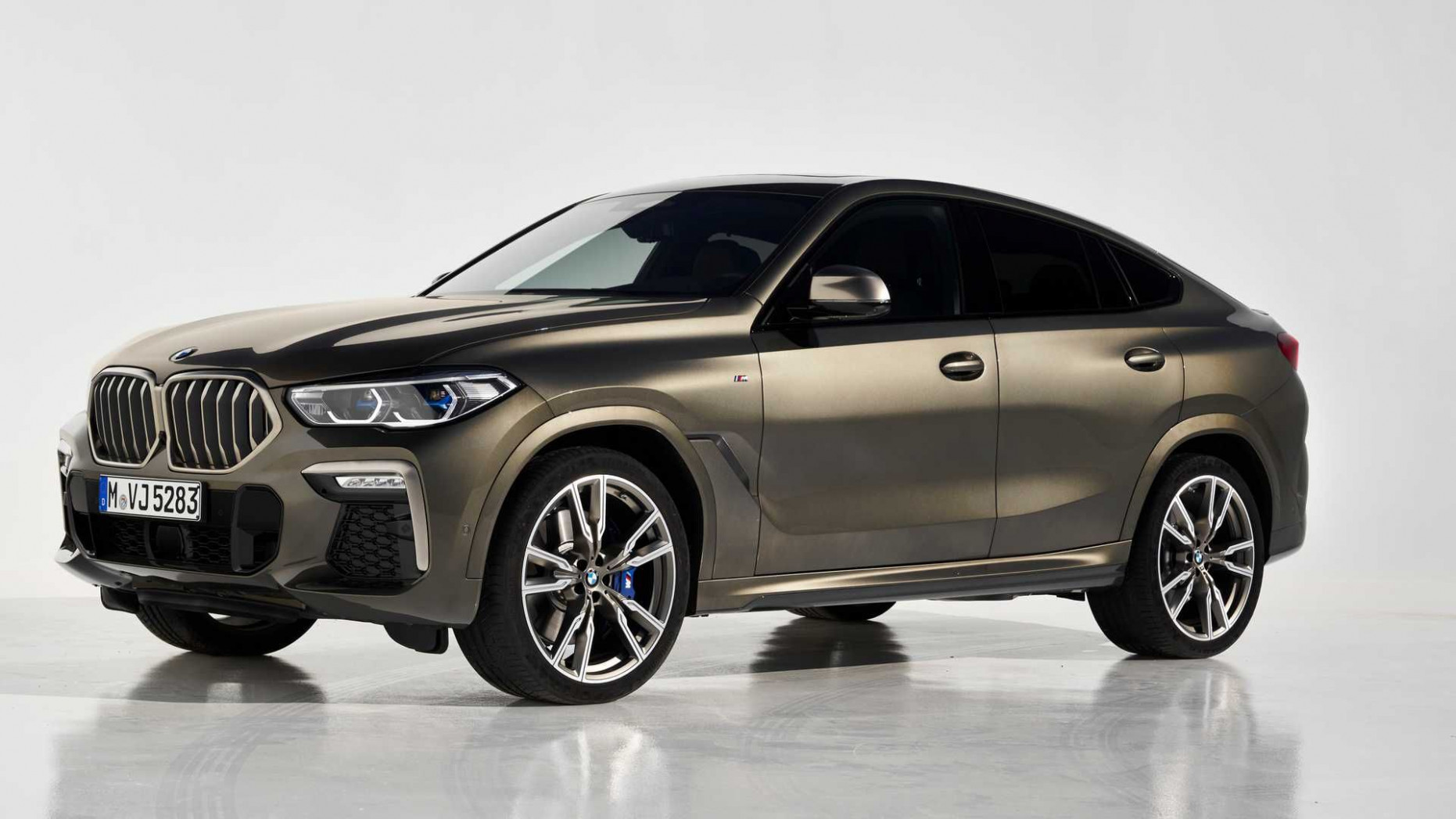 8 BMW X8 Debuts With 8-HP Twin-Turbo V8, Light-Up Grille (com ..