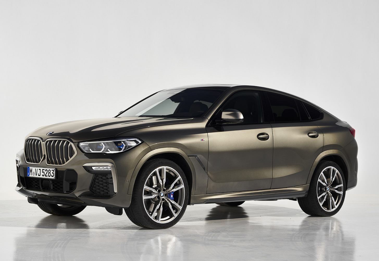 8 BMW X8: Thai pricing and specs - 2020 bmw v6