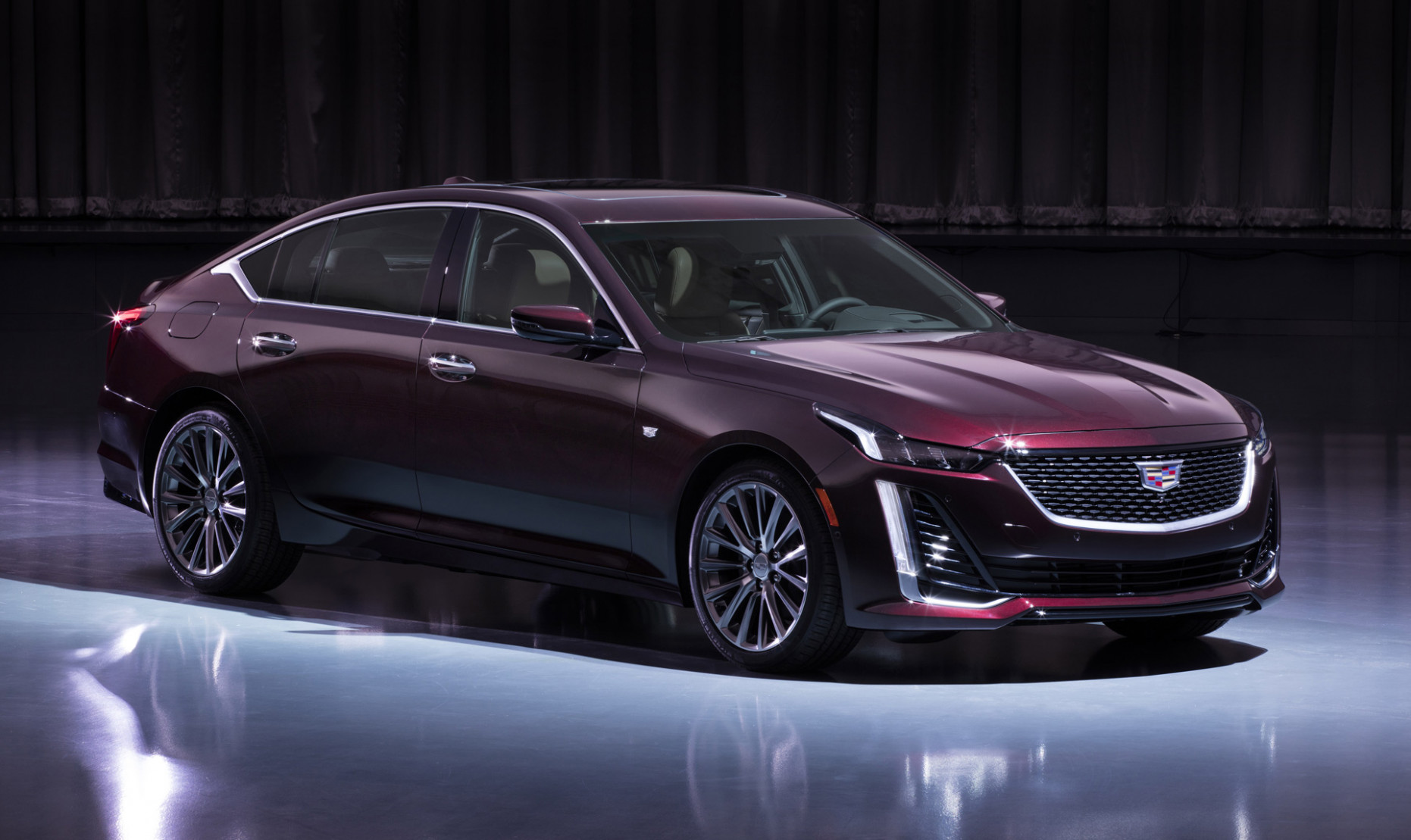 8 Cadillac CT8 costs $8,8 to start, more than $8,8 less ..