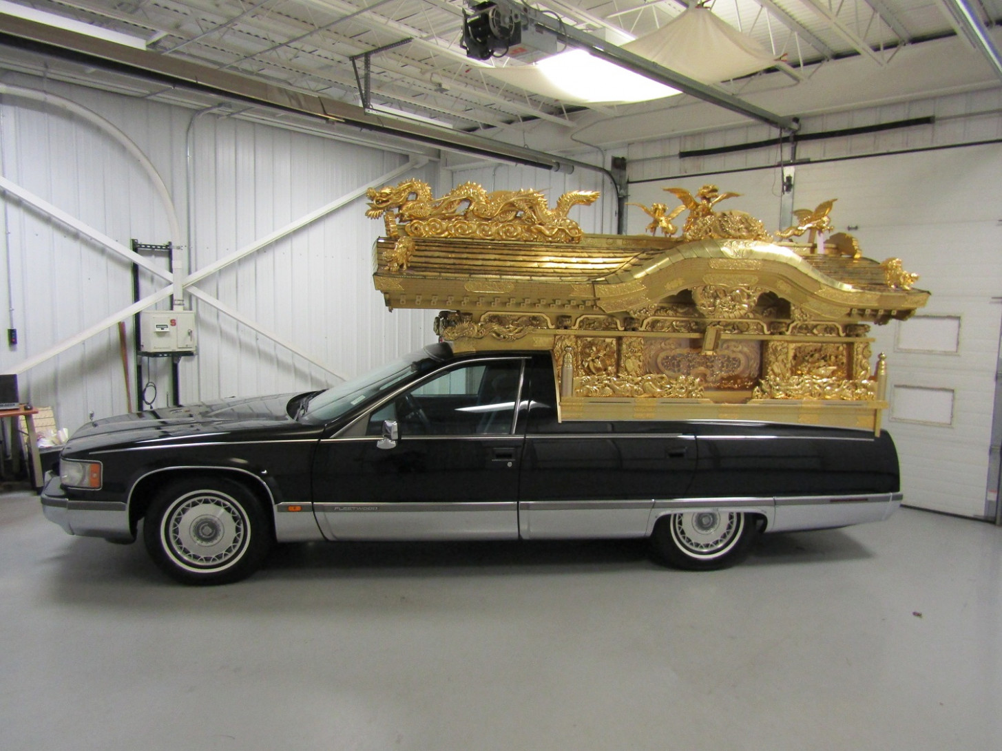 8 Cadillac Fleetwood Hearse For Sale | GM Authority - cadillac hearse 2020