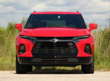 8 Chevrolet Blazer RS: Pros And Cons