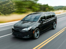 8 Chrysler Pacifica Gallery | See Pictures & Videos
