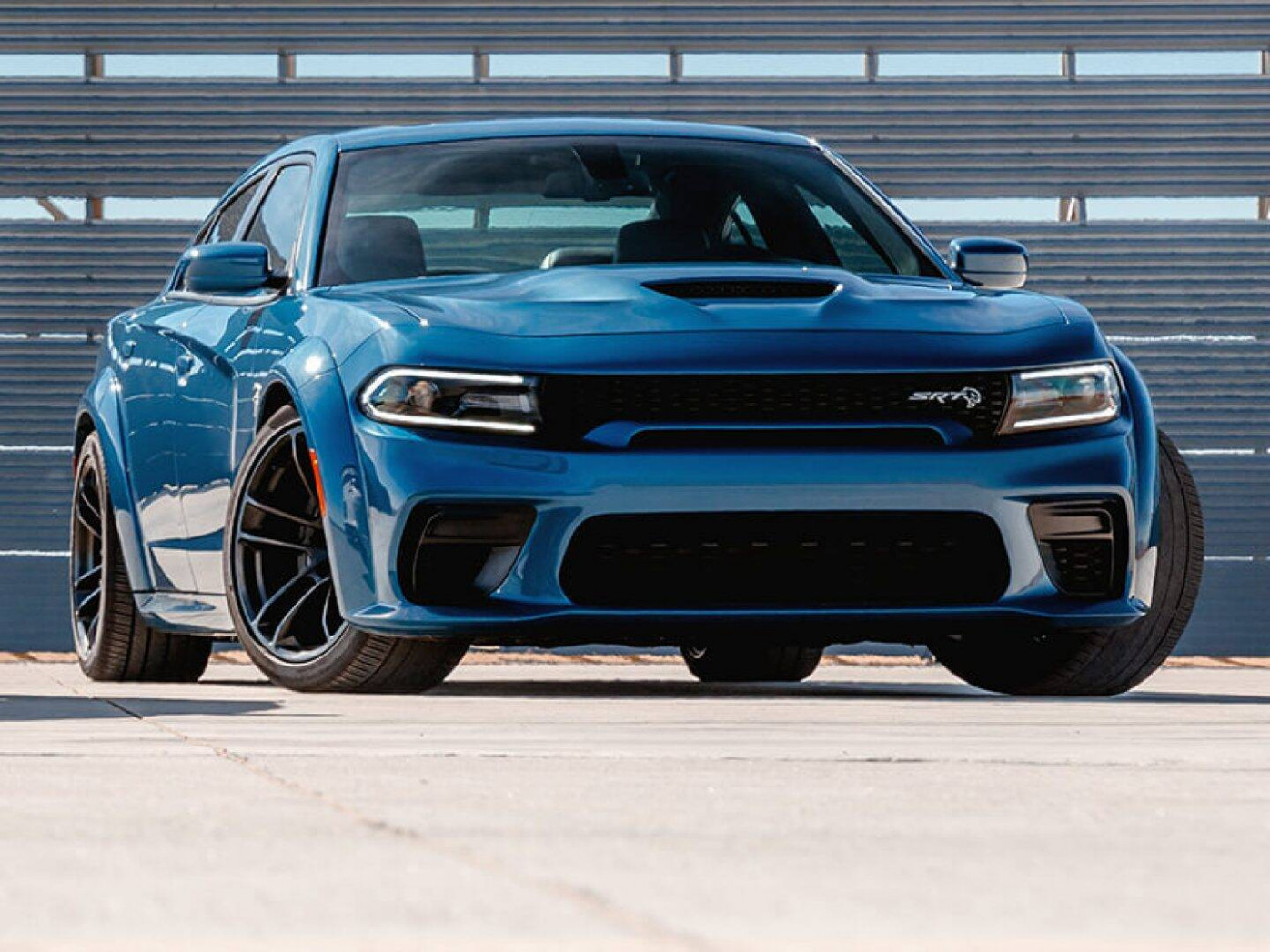 8 Dodge Charger Performance | SRT® Hellcat, Engine & More