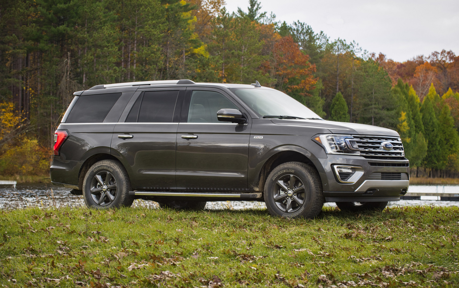 8 Ford Expedition, 8 Lincoln Navigator SUVs recalled; Ford ...