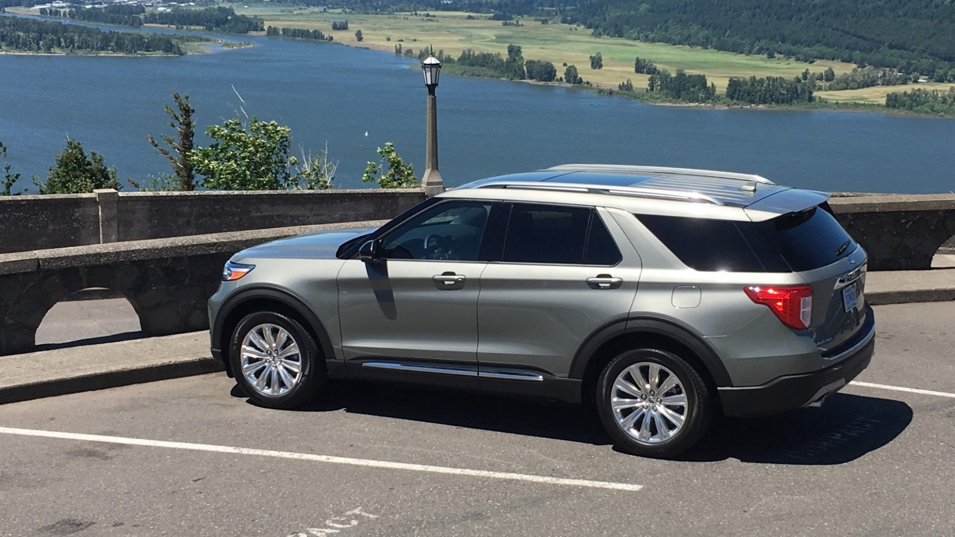 8 Ford Explorer Hybrid first drive review: Muscle over mpg