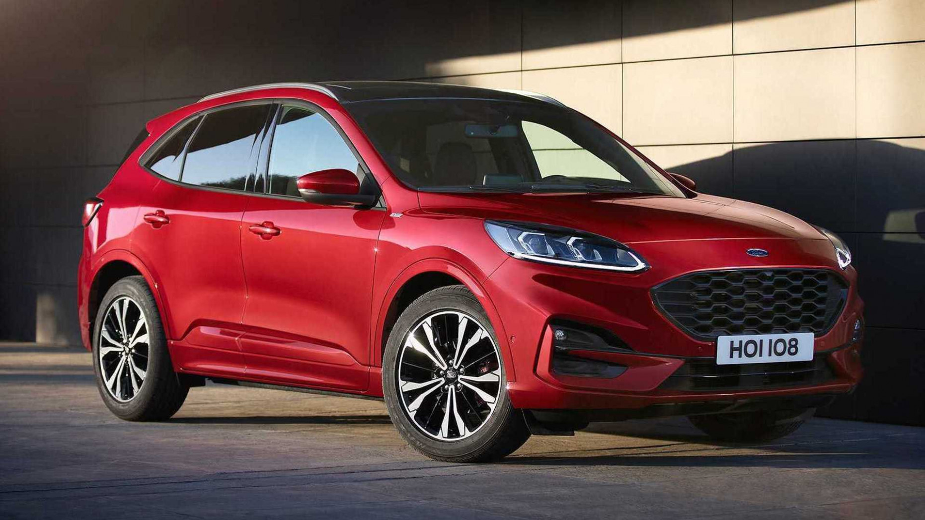 8 Ford Kuga debuts with whole new look, two hybrid choices