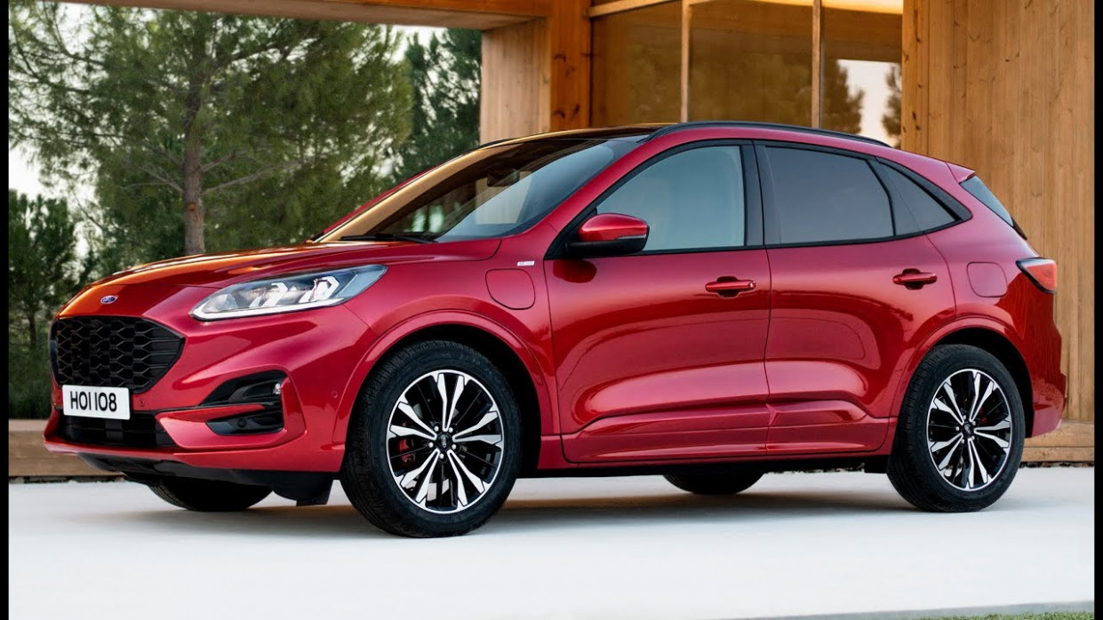 8 Ford Kuga ST-line Plug In Hybrid – Design and Drive