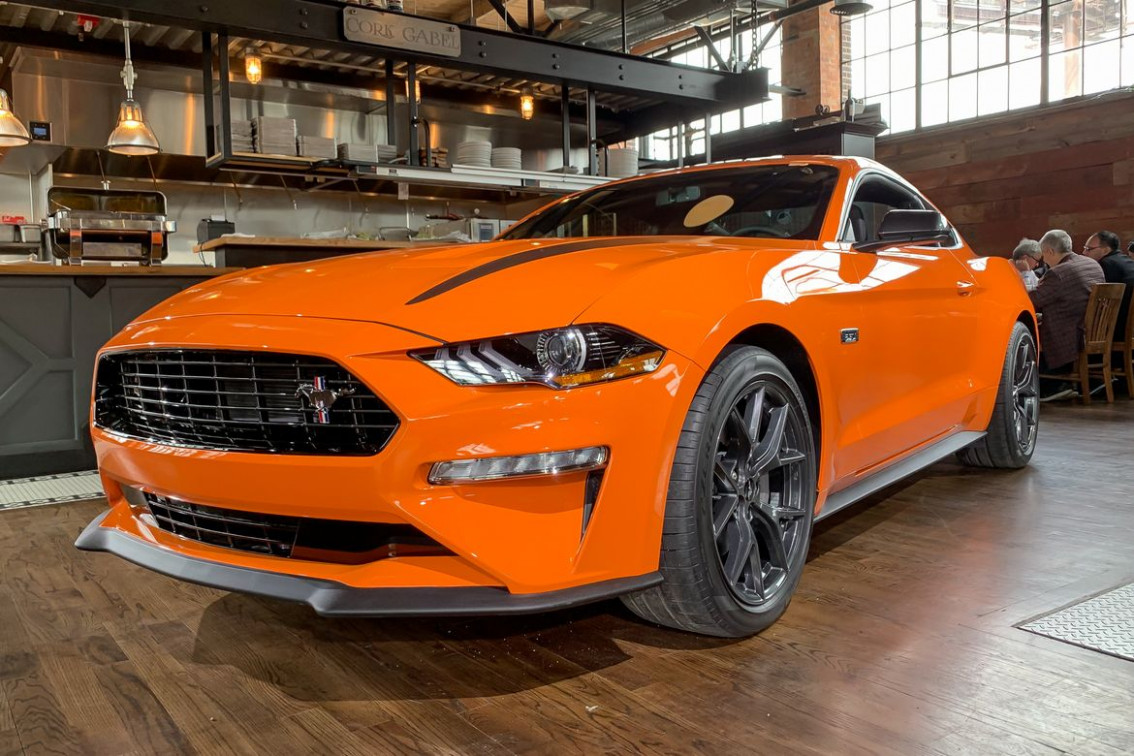 8 Ford Mustang EcoBoost 8.8L High Performance Pack: Fantastic ..