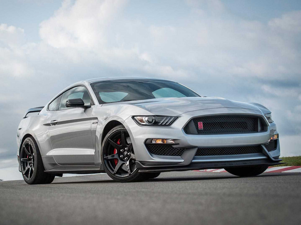 8 Ford Mustang Shelby GT8 & GT8R arrives with GT8 parts ..