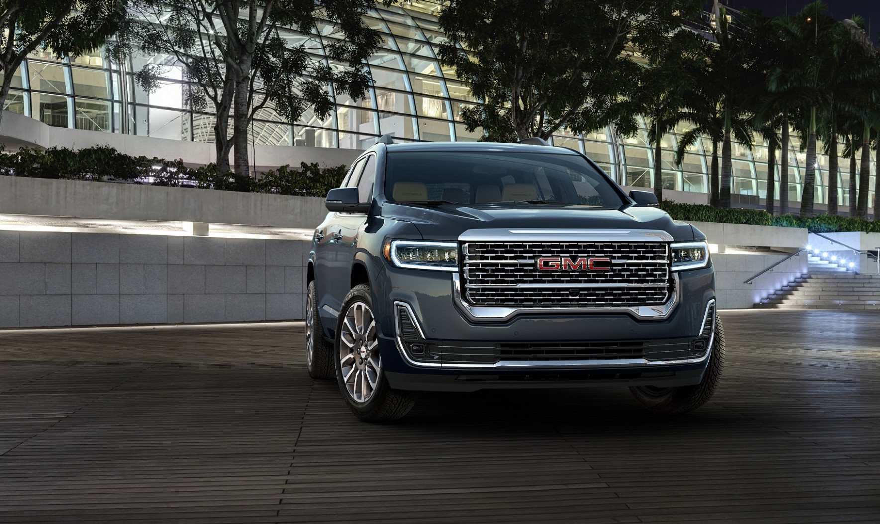 8 GMC Acadia Set to Make a Bold Statement at Dubai ...