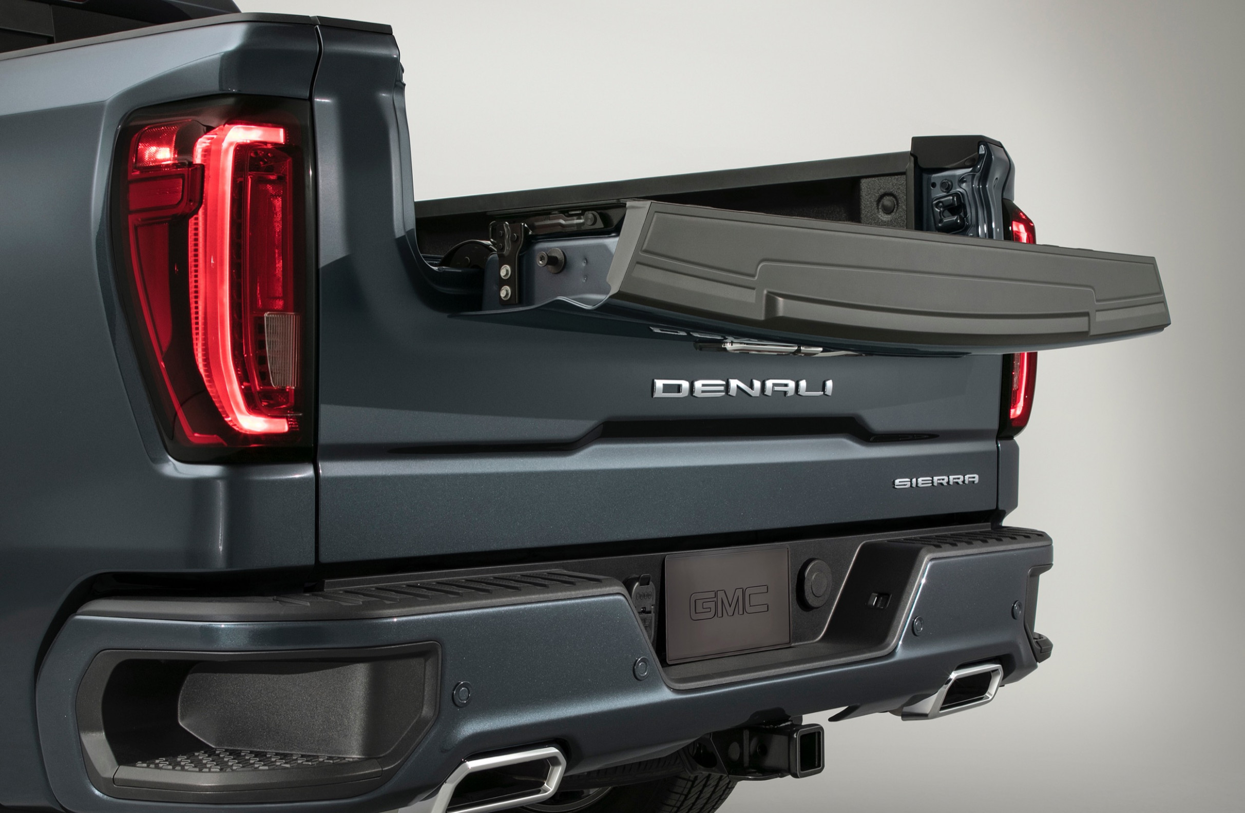 8 GMC Sierra MultiPro Tailgate Info, Availability, Price | GM ...