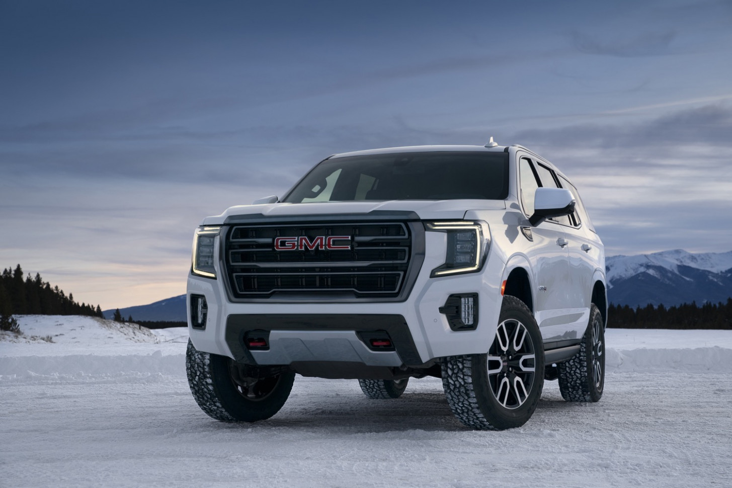 8 GMC Yukon And Yukon XL Towing Capacities | GM Authority