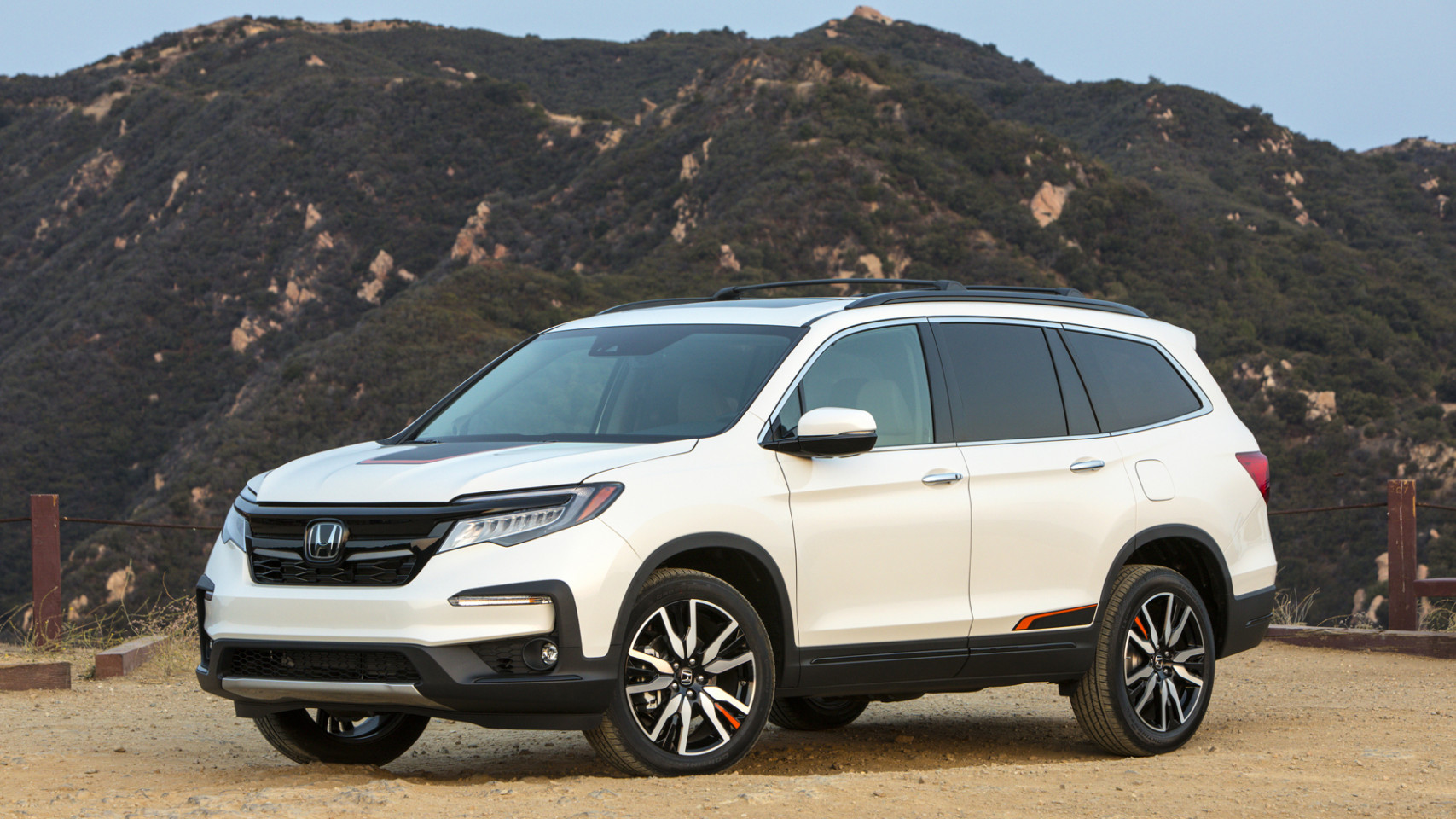 8 Honda Pilot Review | Price, fuel economy, features and photos ...
