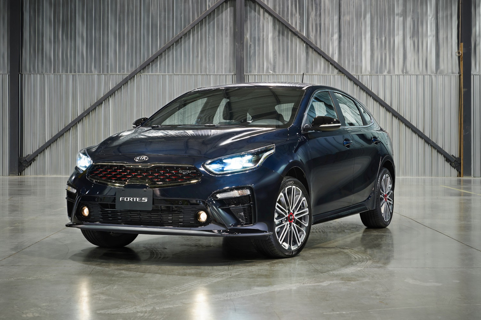 8 Kia Forte8 Debuts as a Handsome Hatchback » AutoGuide.com News