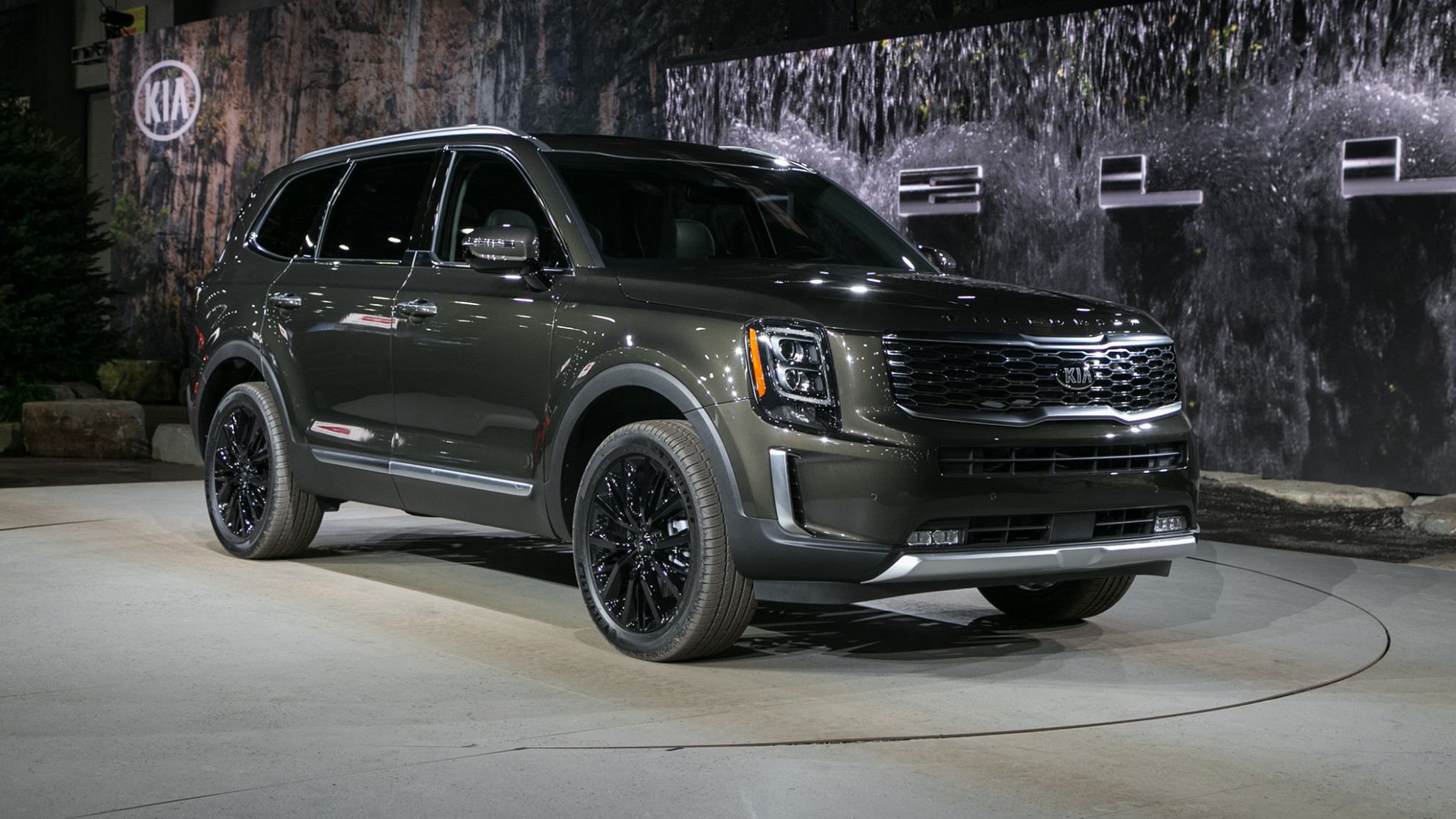 8 Kia Telluride First Look: Going Bigger