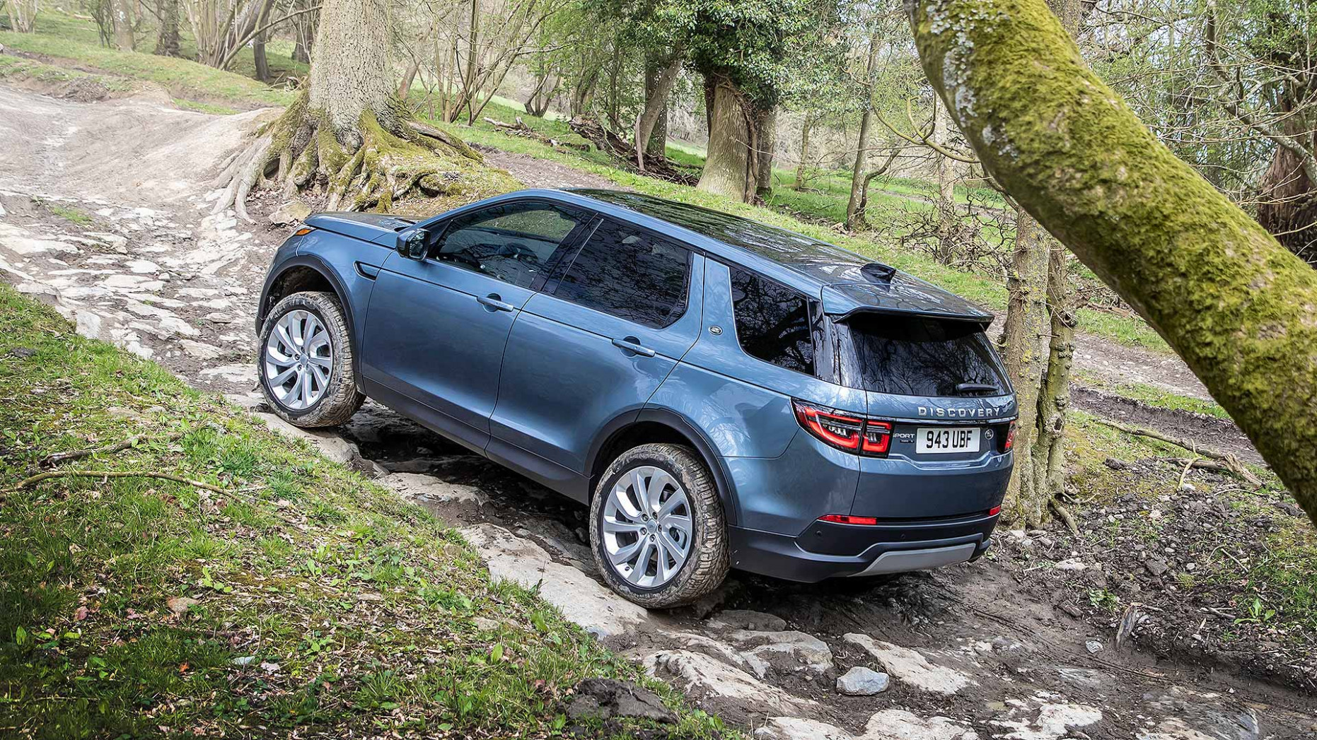 8 Land Rover Discovery Sport revealed: Far more than a facelift ...
