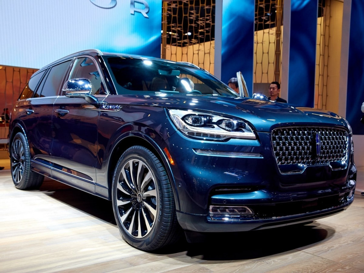 8 Lincoln Aviator Priced | Kelley Blue Book